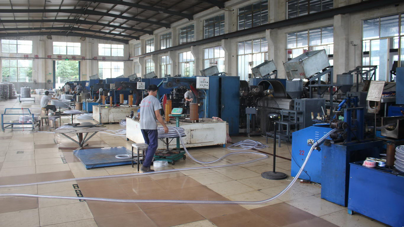 Steel tube workshop